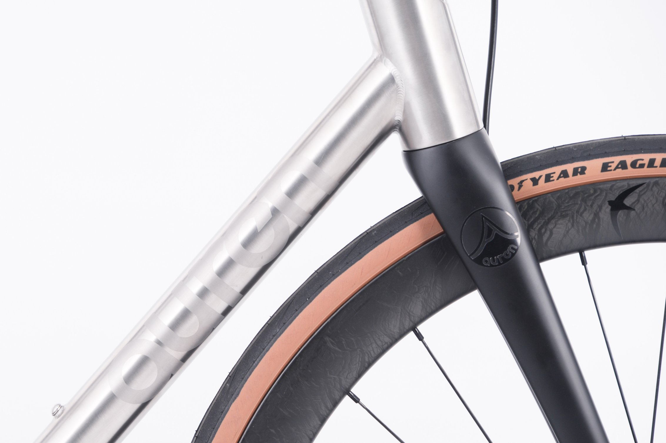 FYXO-6370 AUREN Swift Disc Road Titanium Bike